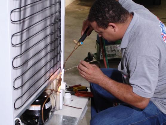 Cursos Técnicos Profissionalizantes de Refrigeração
