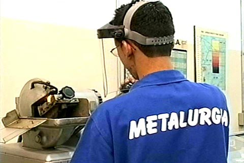 Cursos Gratuitos de Metalúrgica